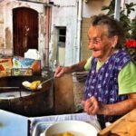 η γιαγιά στο Bari